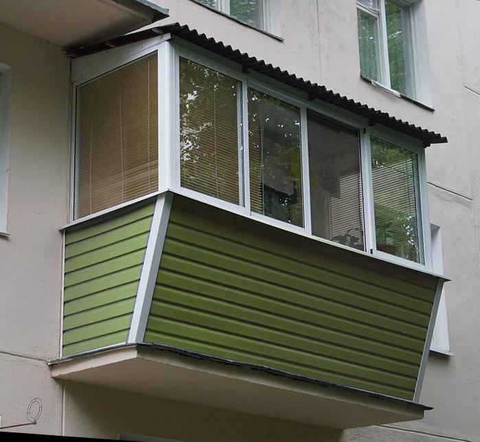 Вынос остекления балкона.