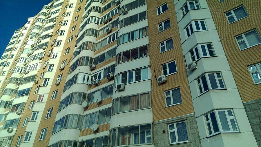 Остекление балконов недорого в москве.